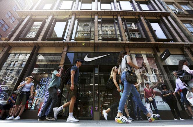 电商及新品刺激中美市场增长提速 Nike耐克上调全年预期 股价急升10%