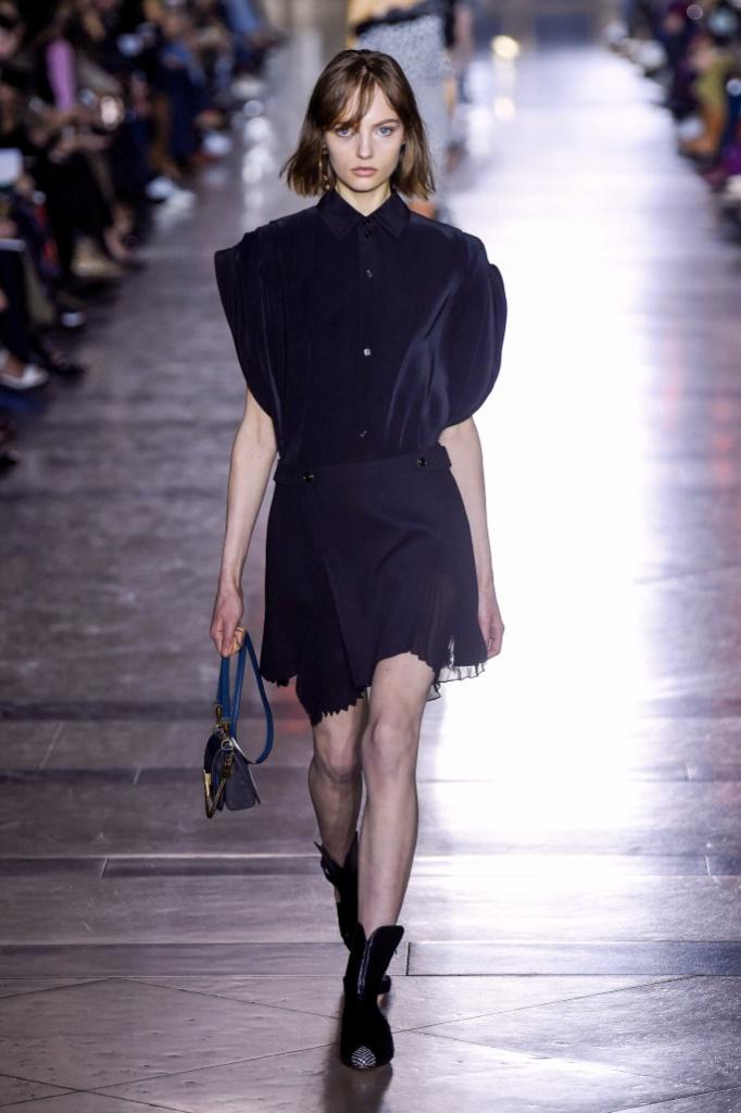 Givenchy Spring 2018春夏巴黎时装周发布