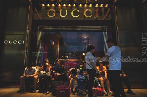 奢侈品市场三年来最振奋人心消息:香港奢侈品市场10月基本止跌