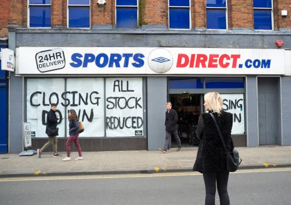 英国富豪Mike Ashley感叹最糟糕的11月 Sports Direct 向Debenhams 提供4,000万英镑贷款被拒