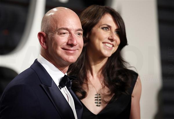 全球首富Jeff Bezos 杰夫·贝索斯离婚 Amazon亚马逊安然无恙