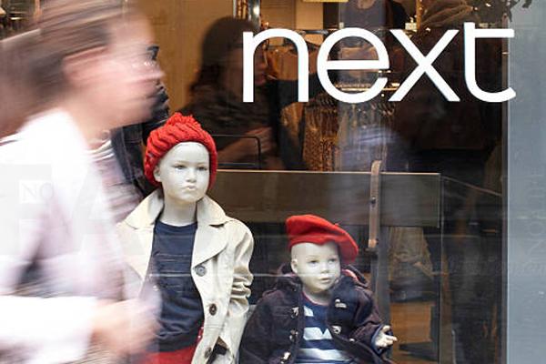 谁能想到英国最大的超市Tesco 乐购和最赚钱的服装品牌Next会合作?零售业正在经历疯狂和极速的变革