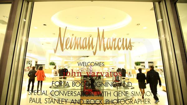 Neiman Marcus同店销售连增两季