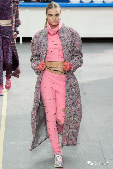 "Pink This Season做个抢镜的脑残""粉"""