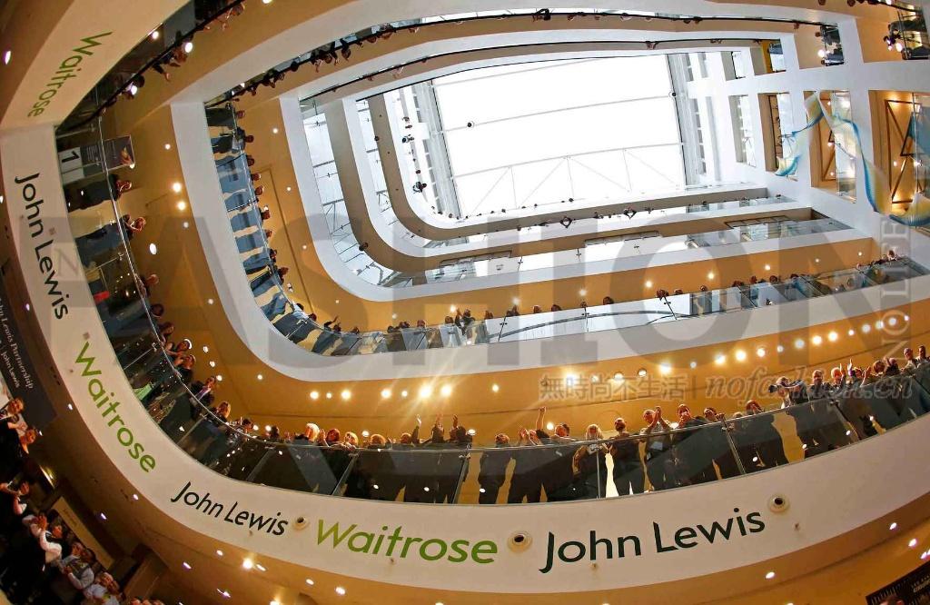 英国John Lewis零售集团全年盈利锐减77% 员工奖金降至64年最低