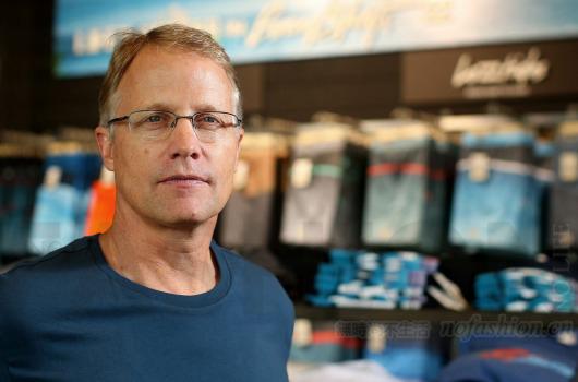 Gap盖璞品牌任命Billabong前CEO Neil Fiske为总裁及首席执行官