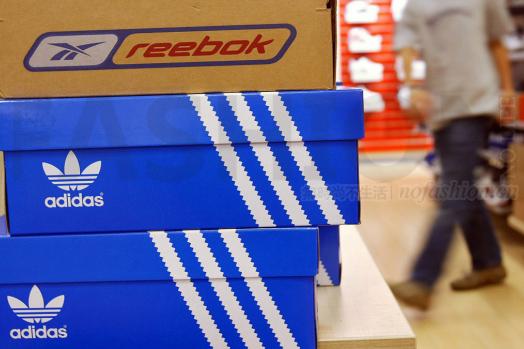 Adidas阿迪达斯上调全年预期满足市场期望 1.1亿美元出售冰球业务 股价飙升9%创新高