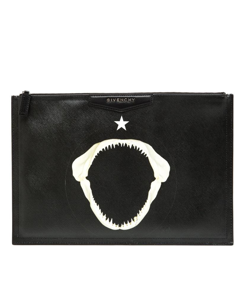 Givenchy纪梵希鲨鱼嘴印花手拿包