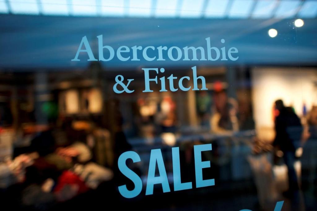 年�p人越�碓礁F Abercrombie & Fitch 和&M合作Klarna 推�V分期付款