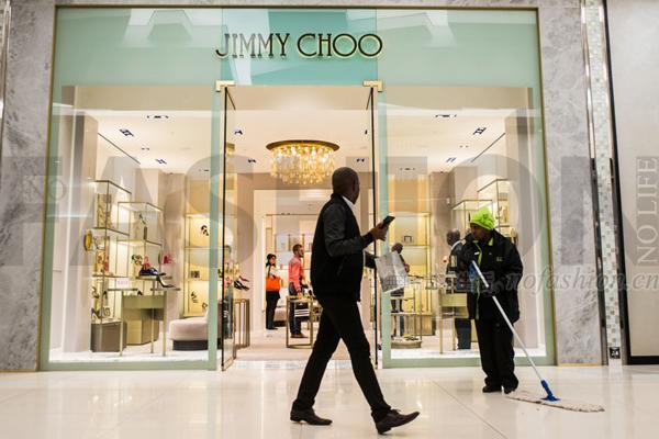 传Coach Inc.蔻驰集团10亿英镑收购鞋履品牌Jimmy Choo