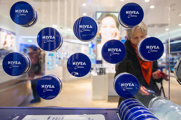 妮维雅母公司拜尔斯道夫全年盈利下滑5%
