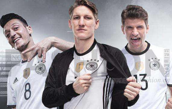 德国国家队球员厄齐尔、施魏因施泰格、、托马斯穆勒