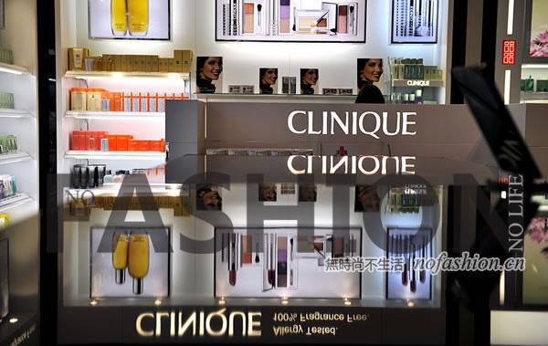 传闻被证实 10月1日执行 财政部降化妆品消费税从30%至15% 奢侈品暂时不用想
