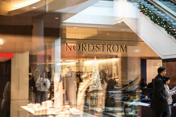 Nordstrom诺德斯特龙假日季同店销售增长1.3%