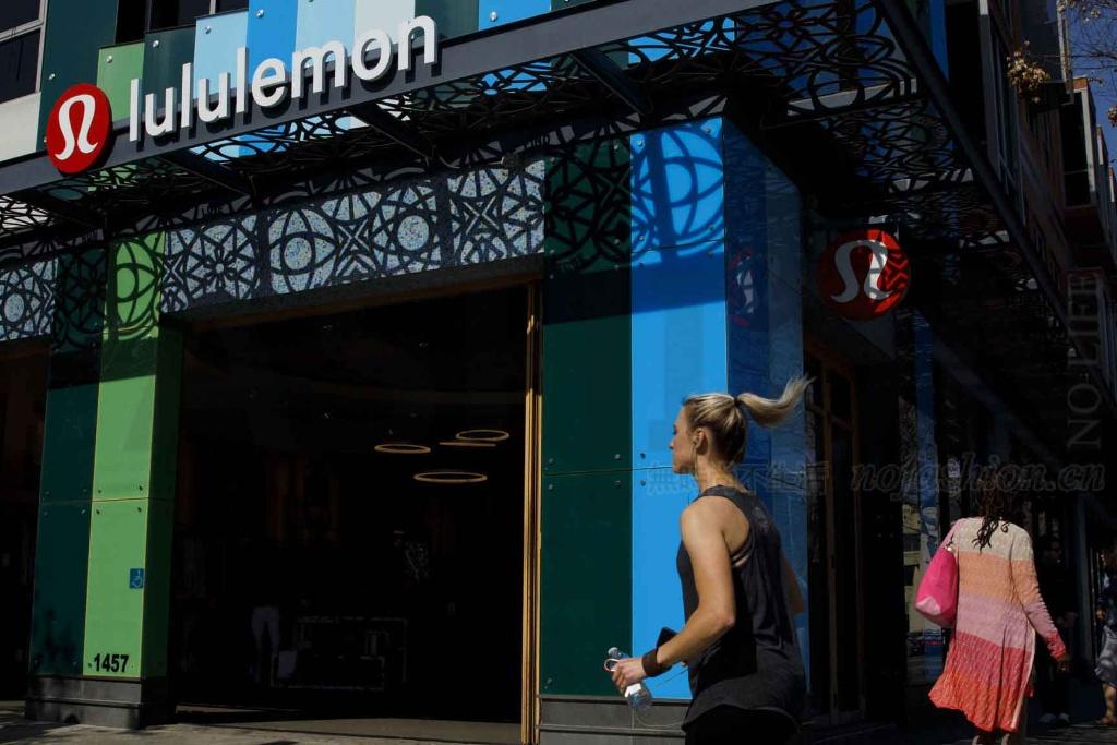 Lululemon新五年计划:造鞋出个护产品 目标男装、电商收入翻倍