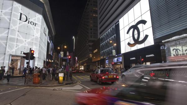 LV店变食肆 没了大陆客香港奢侈品消费严重萎缩