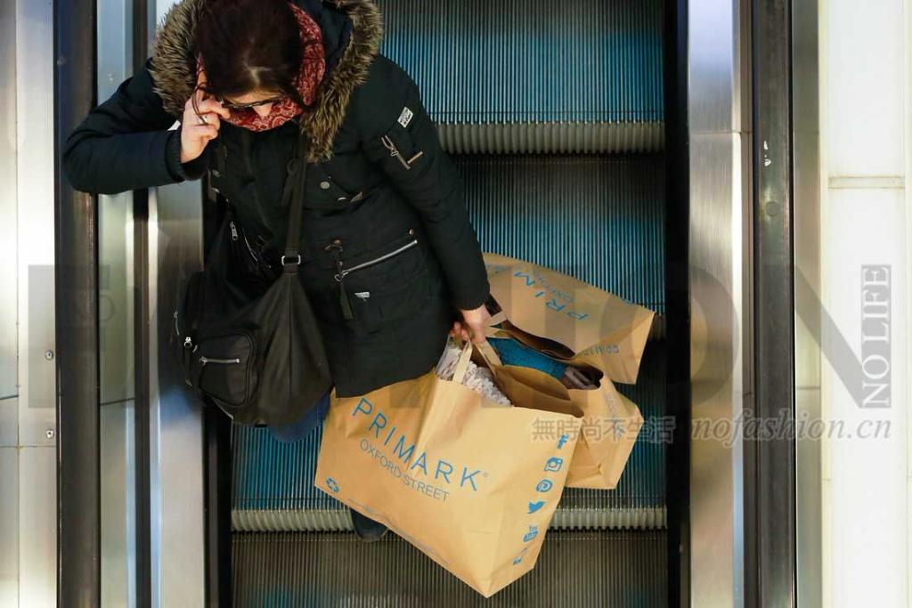 重申不做电商 Primark假日季增长7%逊预期 英国销售强劲