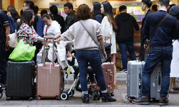 农历年访港内地客暴涨14%