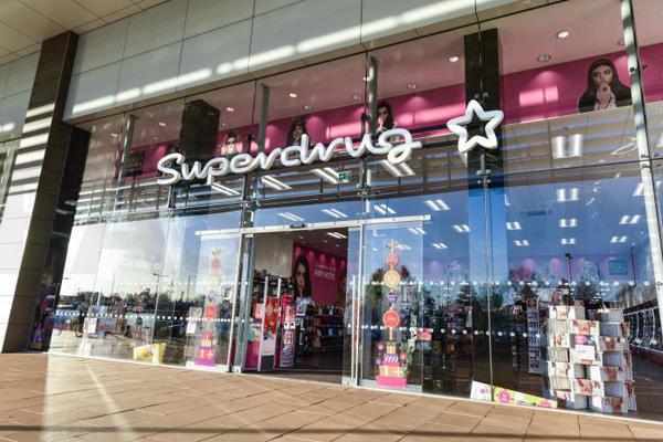 屈臣氏旗下英国集团Superdrug 销售激增