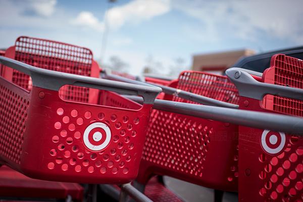 Target 塔吉特首季盈利逊预期 股价大跌