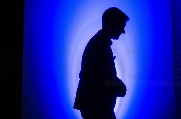 Burberry博柏利创意总监Christopher Bailey宣布明年3月离职