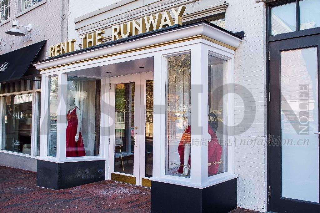 Rent the Runway首次录得年度利润 联合创始人Jennifer Fleiss退出管理为IPO铺路