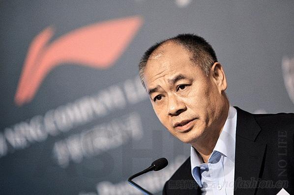 李宁2016年净利润猛增22倍 不派发股息致股价重挫7.7%
