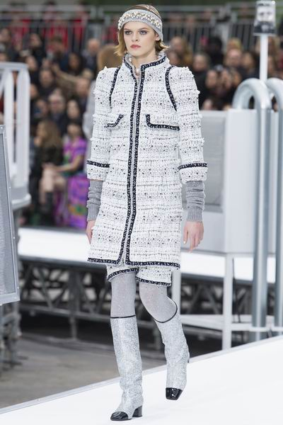 Chanel Fall 2017秋冬巴黎时装周发布