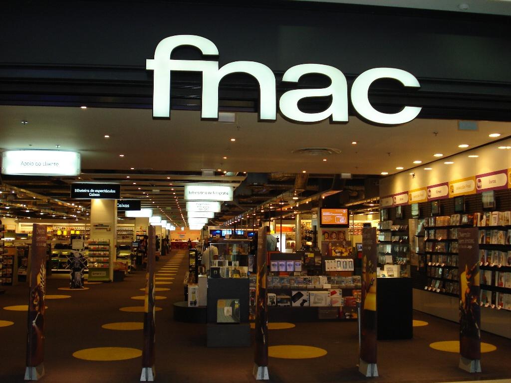 Kering开云老板François Pinault皮诺家族向Metro麦德龙出售Fnac Darty剩余持股