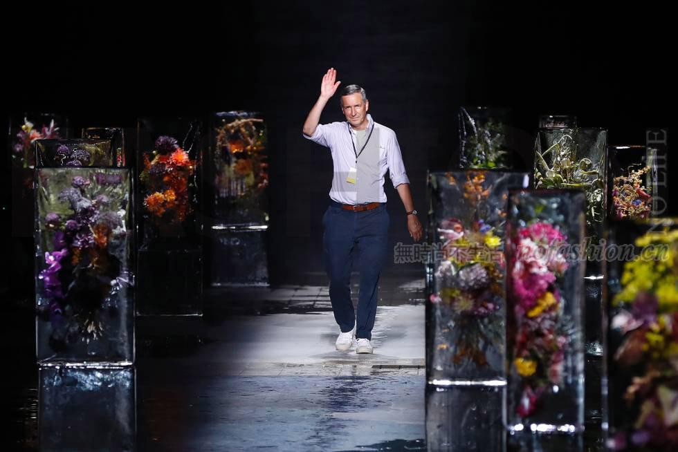 比利时设计师品牌Dries Van Noten卖身西班牙香水集团Puig