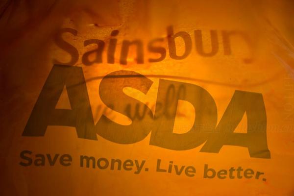 穆迪:Tesco-Carrefour 和Sainsbury's-Asda 等超市巨头合并联盟将挤压小企业生存空间