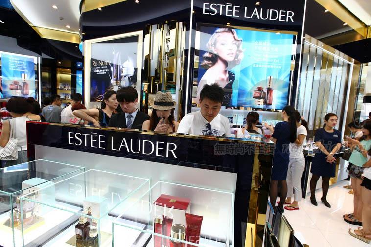 中国销售大幅提速 Estée Lauder雅诗兰黛上调全年业绩预期