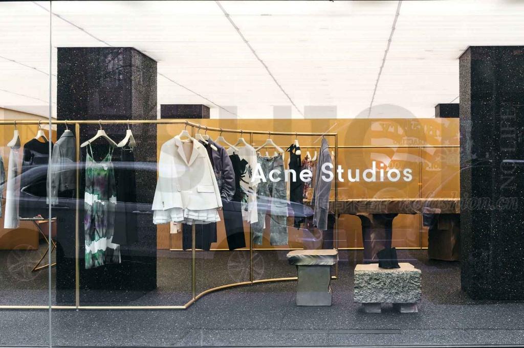 时尚行业并购活动炽热 设计师品牌Acne Studios寻求卖盘