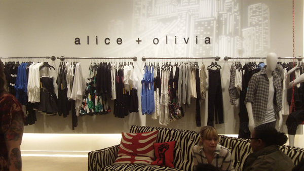 韩国SK Holdings入股美国时尚品牌Alice + Olivia