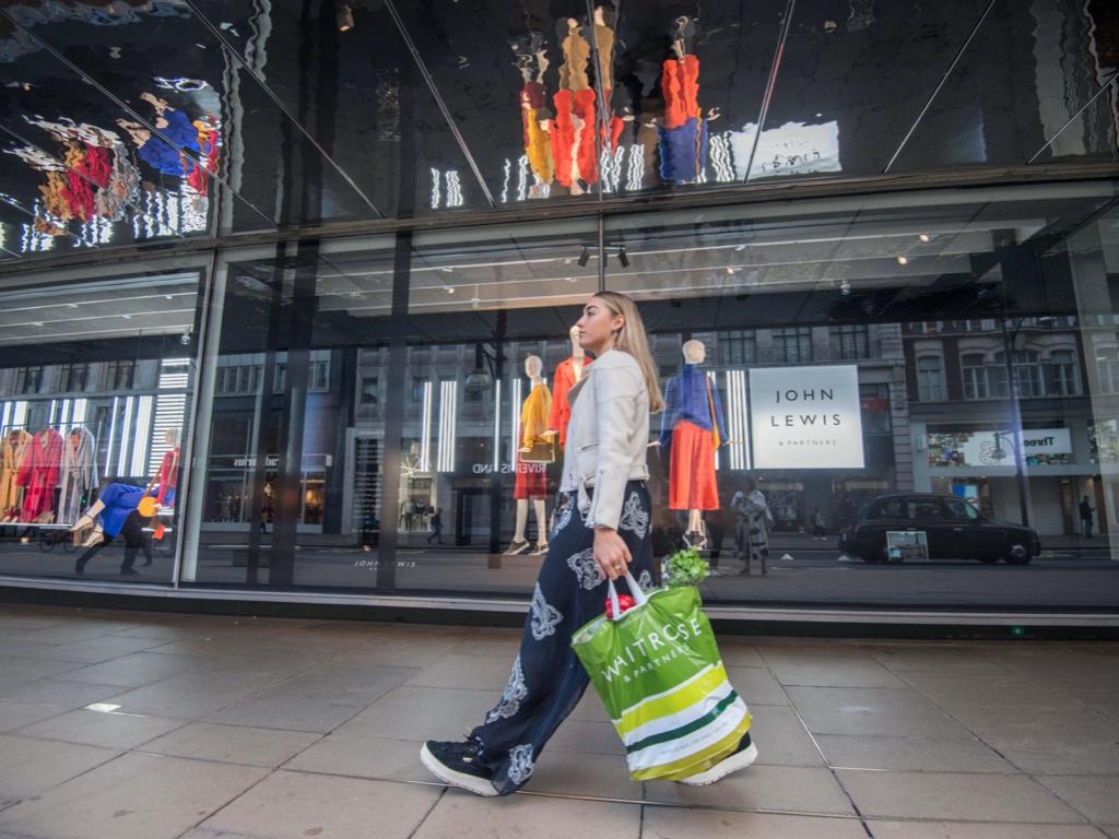 门店停业产生巨额减记 英国John Lewis百货二战后首次停发员工花红