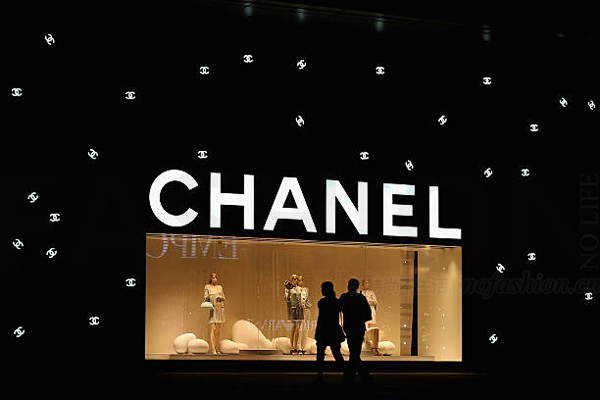 Chanel 香奈儿投资时尚电商Farfetch