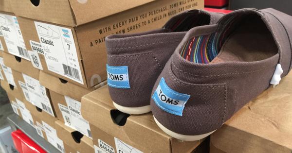 又一鞋企面临破产风险 Toms转型电商艰难求生