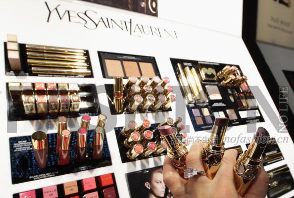 全靠高档化妆品 L'Oréal欧莱雅一季度可比收入增长4.2%略胜预期 独家回应取消中国业绩发布