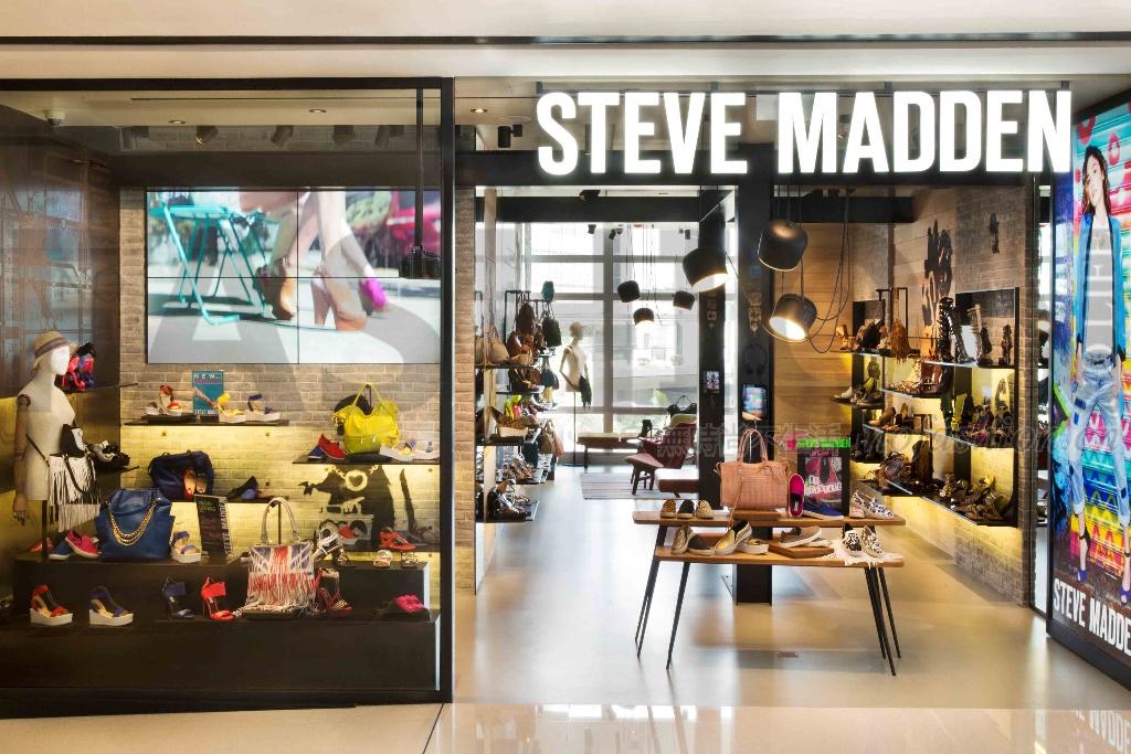 Steve Madden警惕靴类四季度销售缓慢