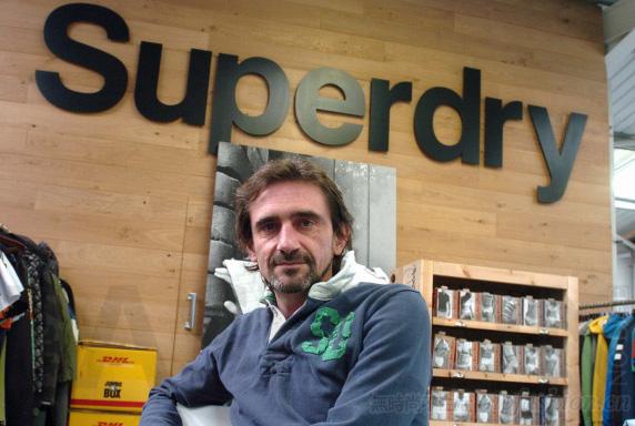 Superdry 极度干燥创始人Julian Dunkerton再度大手套现 出售6.7%股份套现7100万英镑