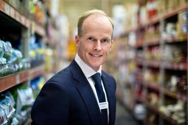 罹患喉癌 Charles Wilson辞任Tesco 乐购英国和爱尔兰首席执行官因