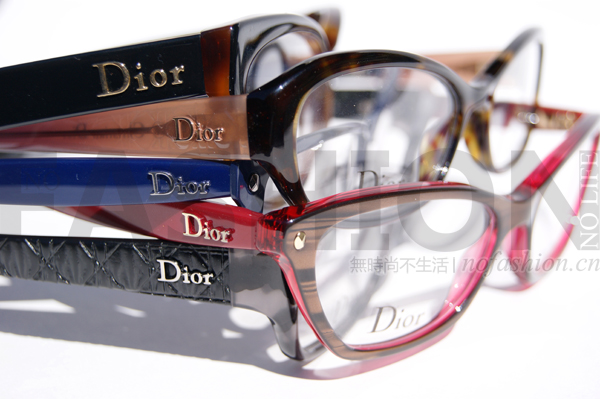 深度:眼镜行业面临模式和科技变革 LVMH或学习Gucci 回收旗下品牌眼镜授权